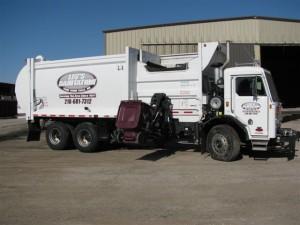 Residential garbage truck